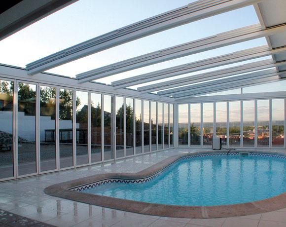 Las piscinas cubiertas para invierno mis articulos for Fotos de piscinas cubiertas